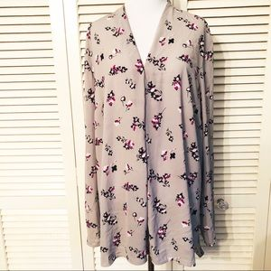 Attention | Gray & Floral Drapey Blouse
